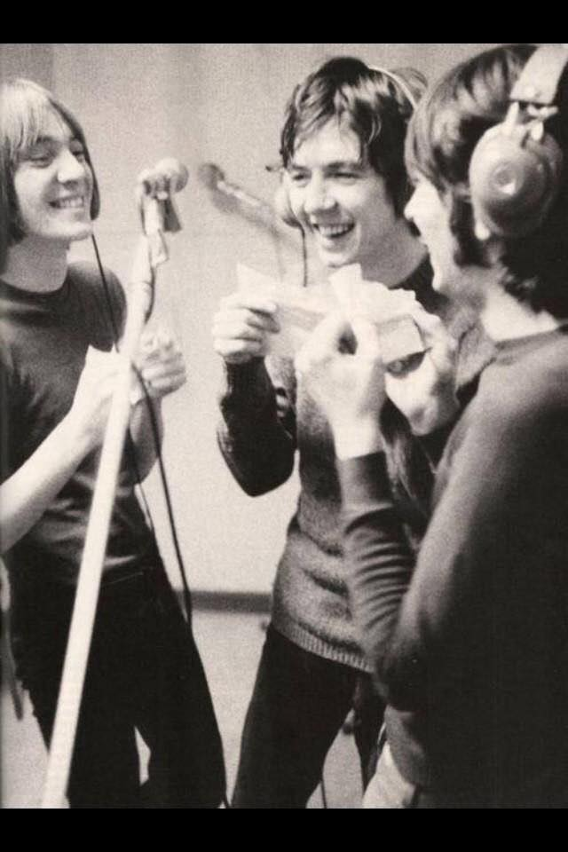 The Small Faces - group comb & paper!