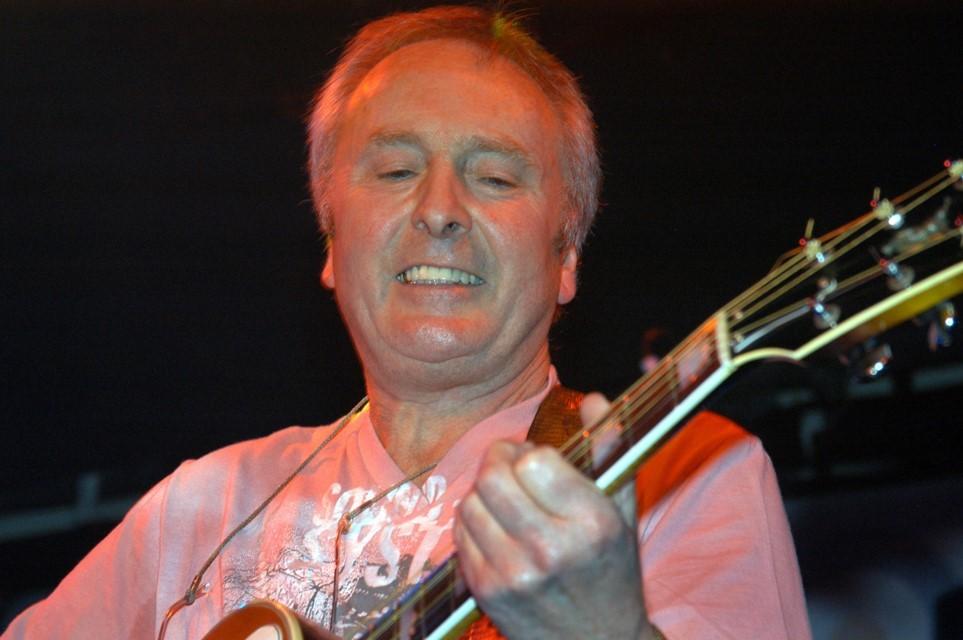 Jimmy Winston - on stage