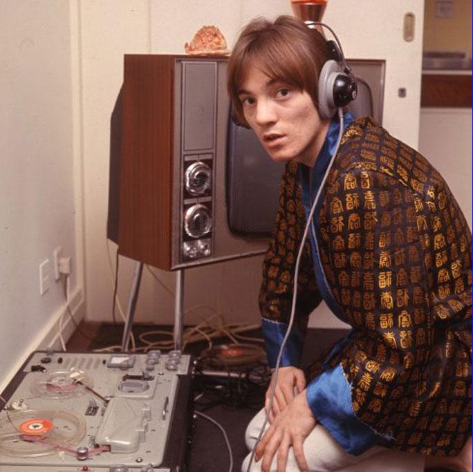 Steve Marriott with tape machine